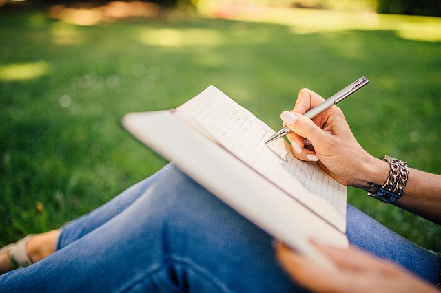 53099-624-Tips-and-Advice-How-to-Become-a-Better-Writer-2